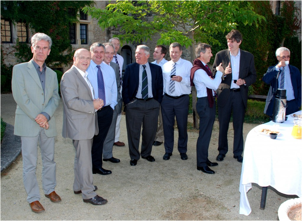 Taking a break on the Château's terrace. From left to right: François Amiranof, Francis Kovacs, John Collier, Carlos Alejaldre, Chris Edwards, Dimitri Nanopoulos, Mike Dunne, Wolfang Sander, Didier Besnard, Steven Cowley, Tito Mendoça. (Click to view larger version...)