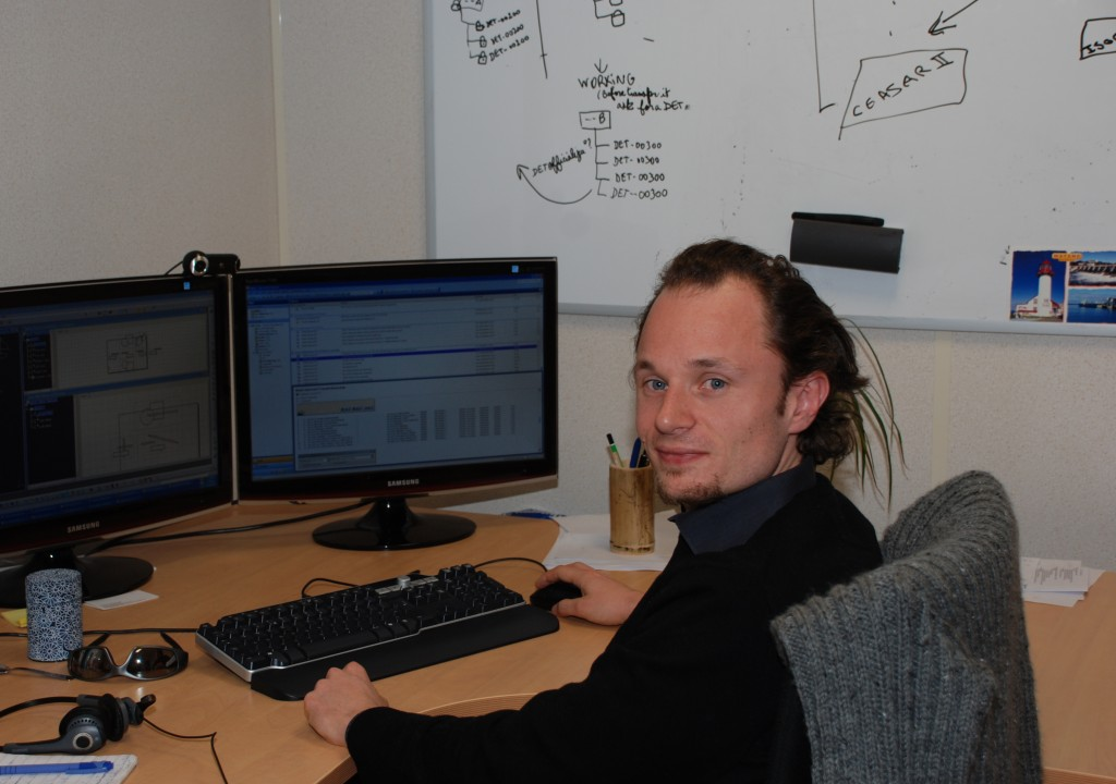 Christophe Mouret, infrastructure engineer, has spent many a night monitering the deployment of ITER data. (Click to view larger version...)