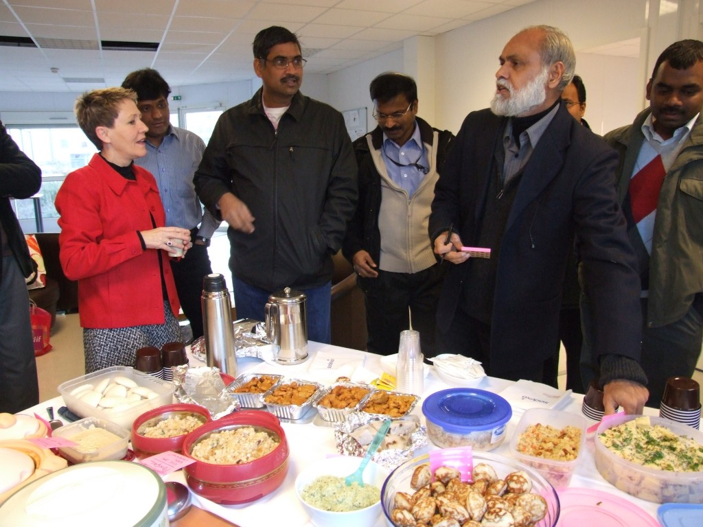 Spices filled the air at the AIF Welcome Office as the Indian community at ITER hosted an Indian breakfast. (Click to view larger version...)