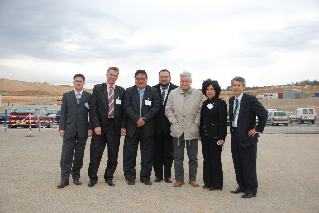 Possible new ITER Members: the delegation from Kazakhstan on site. (Click to view larger version...)