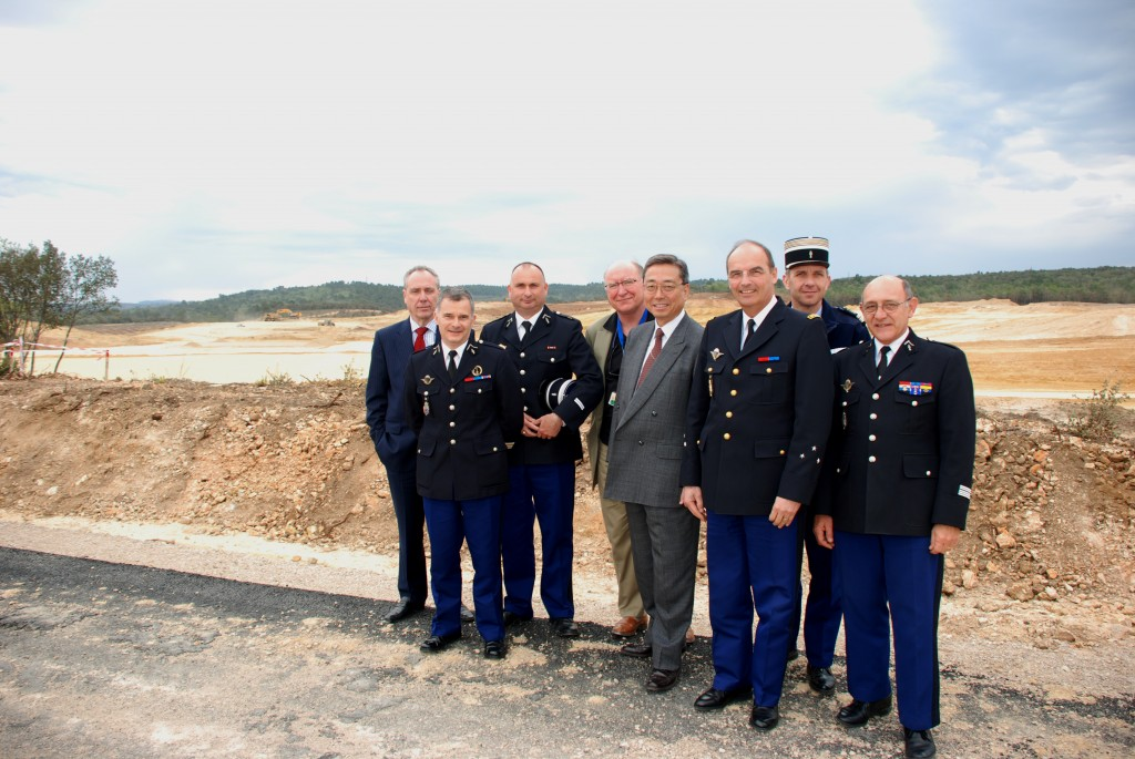 Taking a close look at the ITER site: The Gendarmerie National led by General George Chariglione (3rd from right). (Click to view larger version...)