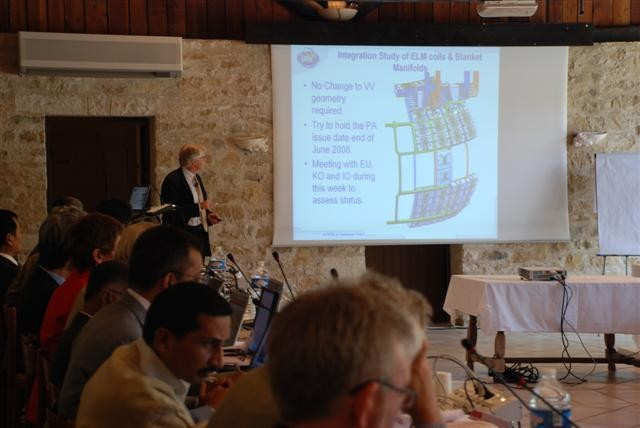 PDDG Norbert Holtkamp giving an update of the ITER project status to the STAC members.