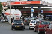 Cars queuing in front of a petrol station in La Rochelle last week.  (Click to view larger version...)