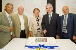 L to R: Jérôme Pamela, Martin Keilhacker, Gisela Wuster (widow of Hans-Otto Wuster), Francesco Romanelli, Paul-Henri Rebut  (Click to view larger version...)