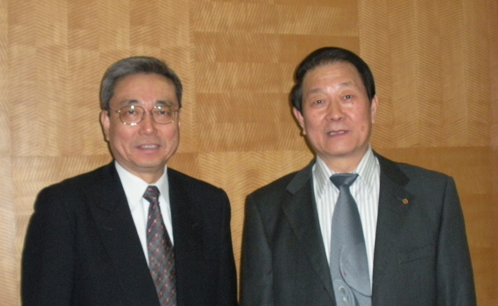 ...and Dr. Cheng Jinpei, the Head of the Chinese Domestic Agency (Click to view larger version...)