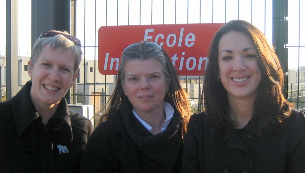 Juliet Palmer (Vice-President), Joyce Borgmann (President), and Jo Worth (Secretary) are just three of the dedicated members of the Inter Parents Manosque.