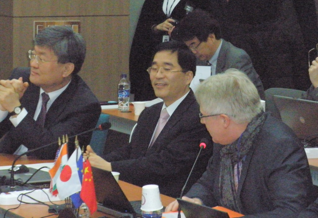 Norbert Holtkamp, ITER Principal Deputy Director-General, together with delegates from the Domestic Agencies, in Daejeon, Korea. (Click to view larger version...)