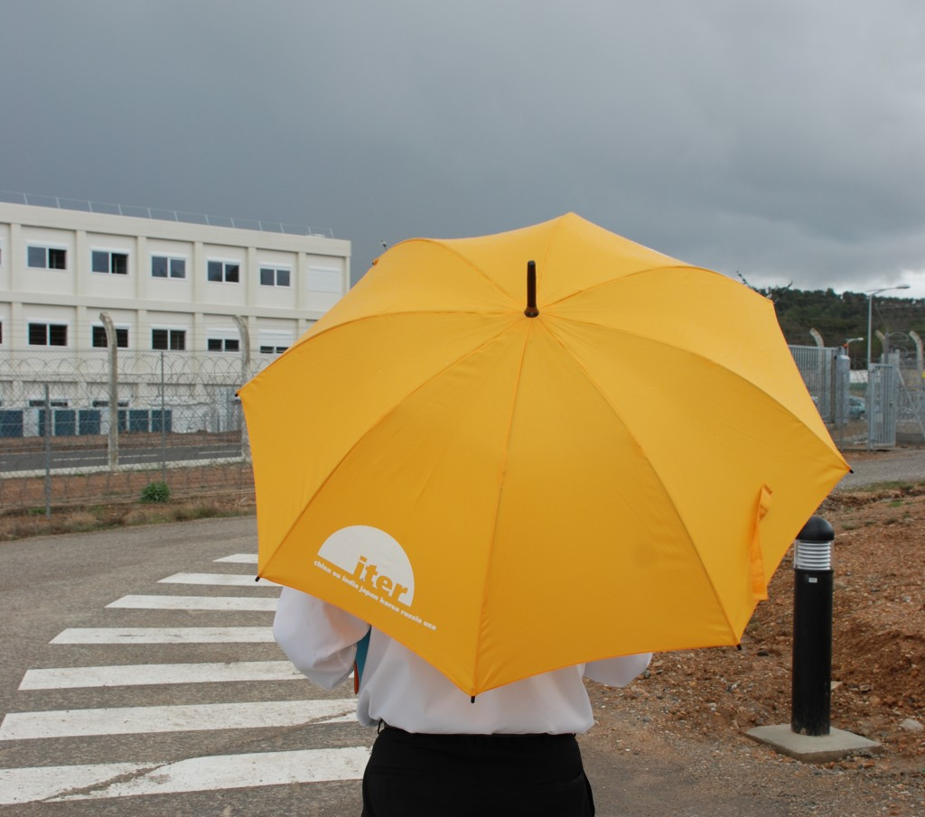 Last week's rain promoted the new and bright yellow ITER gadgets.