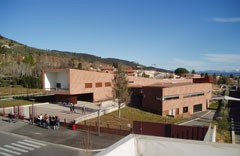 View of the Lycée Iscles in Manosque. (Click to view larger version...)