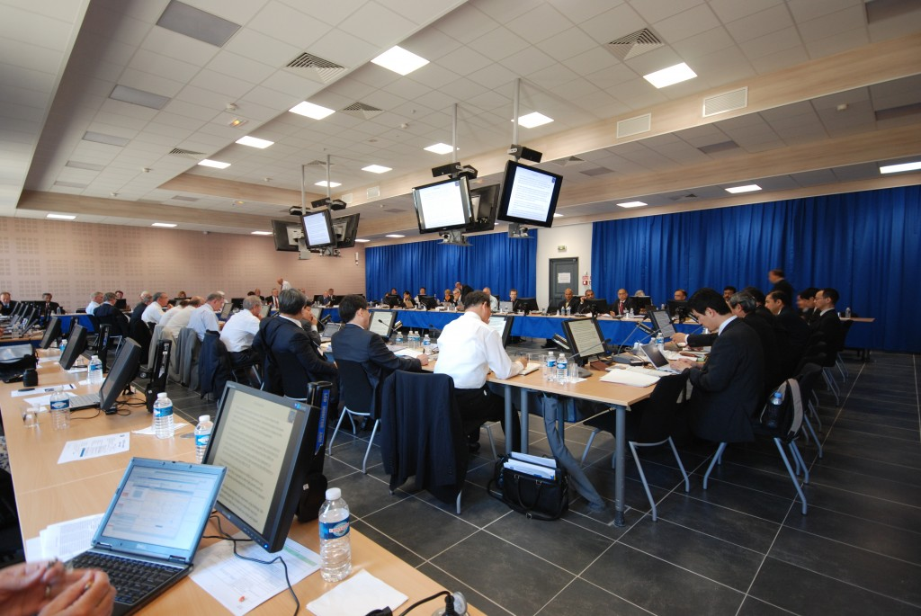 The first meeting of the ITER Management Advisory Committee (MAC) in the new conference centre. (Click to view larger version...)